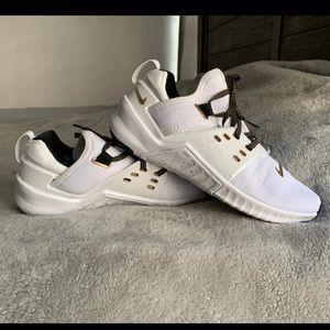 Nike Metcon Gold Size 9